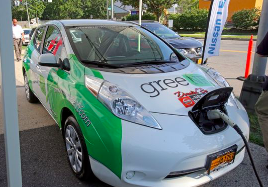 New Ro Expands Electric Vehicle Fleet